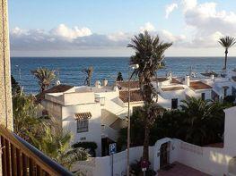 Apartamento en venta en calle De Las Gaviotas, Urb. Roquetas de Mar en Roquetas
