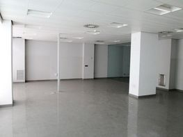Local comercial en alquiler en calle Sanchorreja, Lucero en Madrid - 388980724