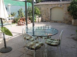 Casa adosada en venta en calle Las Américas, Las Americas en Parla - 351509561