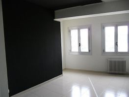 Büro-und arbeitsraum in miete in calle Muralla Sant Francesc, Valldaura in Manresa - 175847789