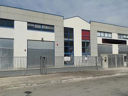 Nave industrial en alquiler en calle Tallers, Molí d´En Rovira en Vilafranca del Penedès - 407250195