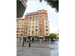 Piso en alquiler en calle Carlos III, Primer Ensanche en Pamplona/Iruña - 391511489