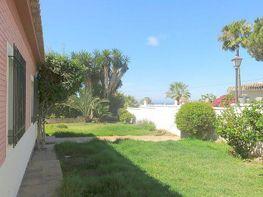 Villa en vendita en Marbella - 302475451