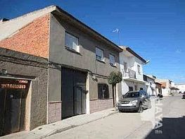 Casa adosada en venta en calle Tres Carabelas, Campo de Criptana