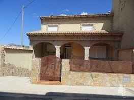 Casa adosada en venta en calle Calvario, Alpera