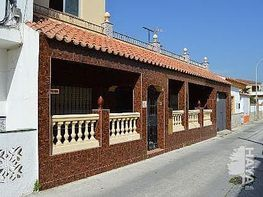 Casa adosada en venta en calle Chamarín, El Rinconcillo en Algeciras