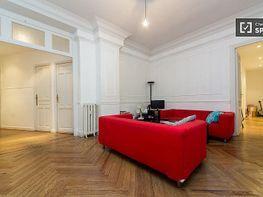Apartment in teile in calle Sagasta, Trafalgar in Madrid - 413761955
