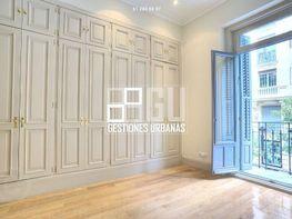 Foto - Piso en alquiler en calle Recoletos, Recoletos en Madrid - 387841367