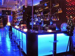Bar en traspaso en calle Comte Borrell, Eixample esquerra en Barcelona - 187669531