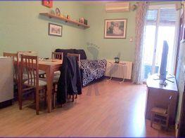 Flat for sale in calle Amposta, La Font de la Guatlla in Barcelona - 352631447