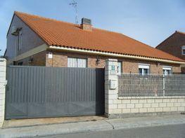 Casa en venta en calle Avda Sta Fe, Cadrete - 143856862