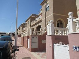 Bungalow for sale in calle Gran Alacant, Gran Alacant in Santa Pola - 182091925
