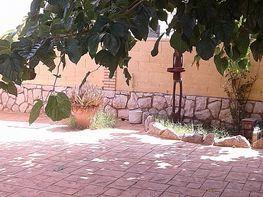 Patio delantero - Casa en venta en calle Llorer, Pineda, La - 305628317