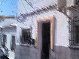 Fachada - Piso en venta en calle Verbon, Parque Victoria Eugenia en Málaga - 306504566