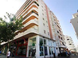Piso en venta en calle Antonio Belón, Playa de la Fontanilla en Marbella