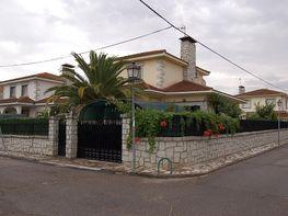 Casa en venta en calle Mercurio, Camarena