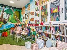 Petit appartement de location à calle Luis Peidró, Adelfas à Madrid - 417378474