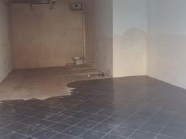 Salón - Local comercial en alquiler en Zona Escoles en Terrassa - 181436376