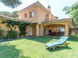 Fachada - Villa en alquiler de temporada en calle Montseny, Pals - 417275441