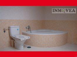 Baño - Piso en venta en calle Los Huertos, Corpa - 275044662