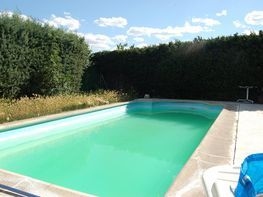 Casa pareada en alquiler en calle Santorcaz, Villalbilla - 404837390