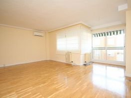 Wohnung in miete in calle Campo de Calatrava, Fuencarral-el pardo in Madrid - 328136568