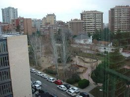 Piso en alquiler en calle Yerma, Costillares en Madrid - 296278366