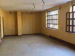 Fabrikationshalle in miete in calle Su Eminencia la Oliva, Distrito Sur in Sevilla - 288637757