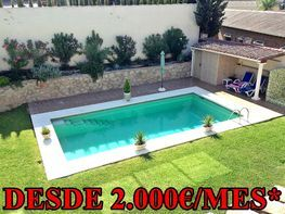 Chalet for sale in calle Barcelona, campo de golf in Mijas - 323479870