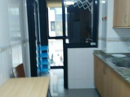 Piso en alquiler en calle Pintor Colmeiro, As Travesas-Balaídos en Vigo - 408957938