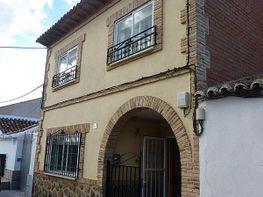 Casa adosada en venta en calle Rosales, Polán