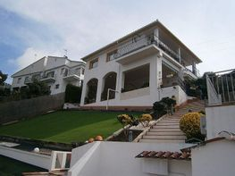 Xalet en venda Santa Susanna - 342541623