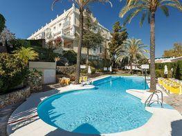 Piso en venta en urbanización Aloha Garden, Nueva Andalucía-Centro en Marbella