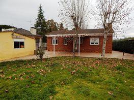 Jardín - Chalet en venta en calle Rio Guadalquivir, Urb. Calalberche en Santa Cruz del Retamar - 384167305