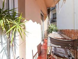 Balcón - Piso en venta en calle Licencia Turística, Sants en Barcelona - 376103380