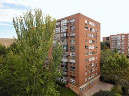 Fachada - Piso en venta en calle Puentelarra, Santa Eugenia en Madrid - 336729485
