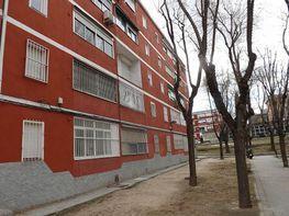 Piso en venta en calle Cañada, Vinateros en Madrid