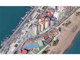 Local comercial en alquiler en La Malagueta-La Caleta en Málaga - 387520692