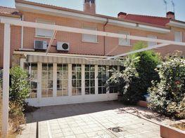 Villa en vendita en calle Aigües Tortes, Perales del Río en Getafe - 305633246