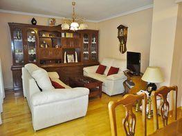 Attico en vendita en calle Uranio, Los Rosales en Madrid - 377116277