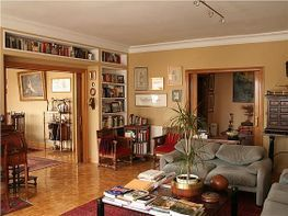 Pis en venda Fuentelarreina a Madrid - 372274403