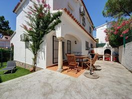 Casa adosada en venta en calle Punta Milà, Escala, L´ - 358542923