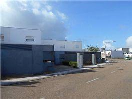 Casa adosada en venta en San Fernando en Badajoz - 333133432