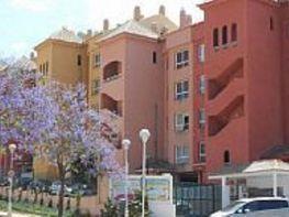 Piso en venta en calle Isabel la Católica, Los Pacos en Fuengirola