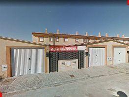 Casa adosada en venta en calle Sarmiento, Roales