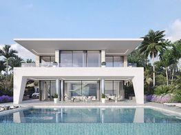 Villa en venta en calle La Vid, Manilva