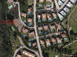 Plot for sale in calle Mango, Benahavís - 226299109