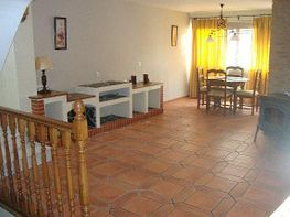 Casa en alquiler en calle El Rodeo, Coín - 221707972
