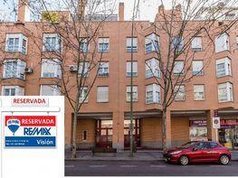 Appartamento en vendita en calle De Pablo Neruda, Palomeras Bajas en Madrid - 413516941