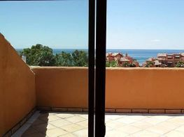 Dachwohnung in verkauf in urbanización Bahia de Marbella, Los Monteros-Bahía de Marbella in Marbella - 225268001